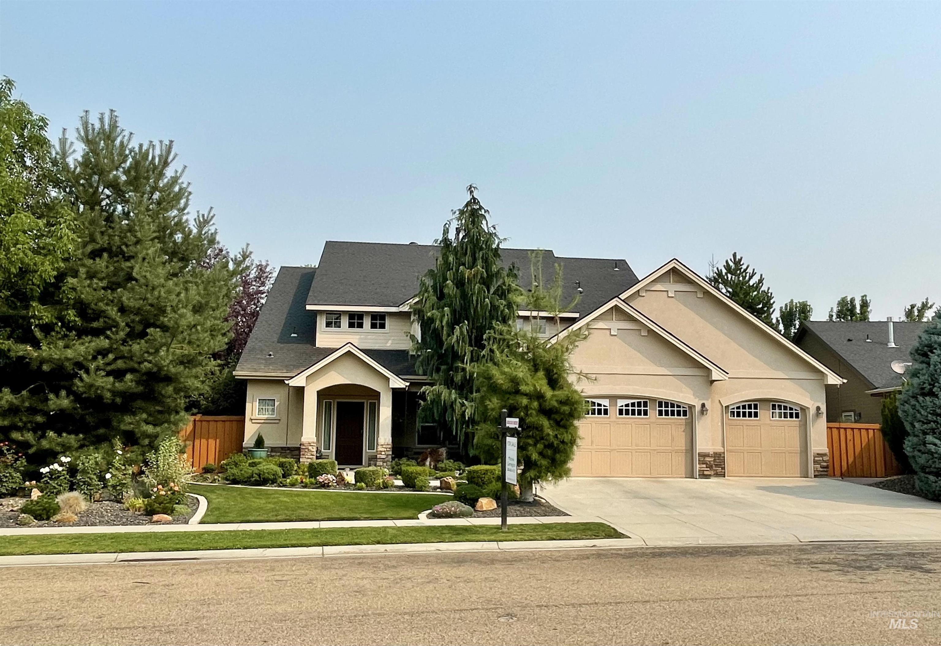 2068 W Tango Creek Property Photo
