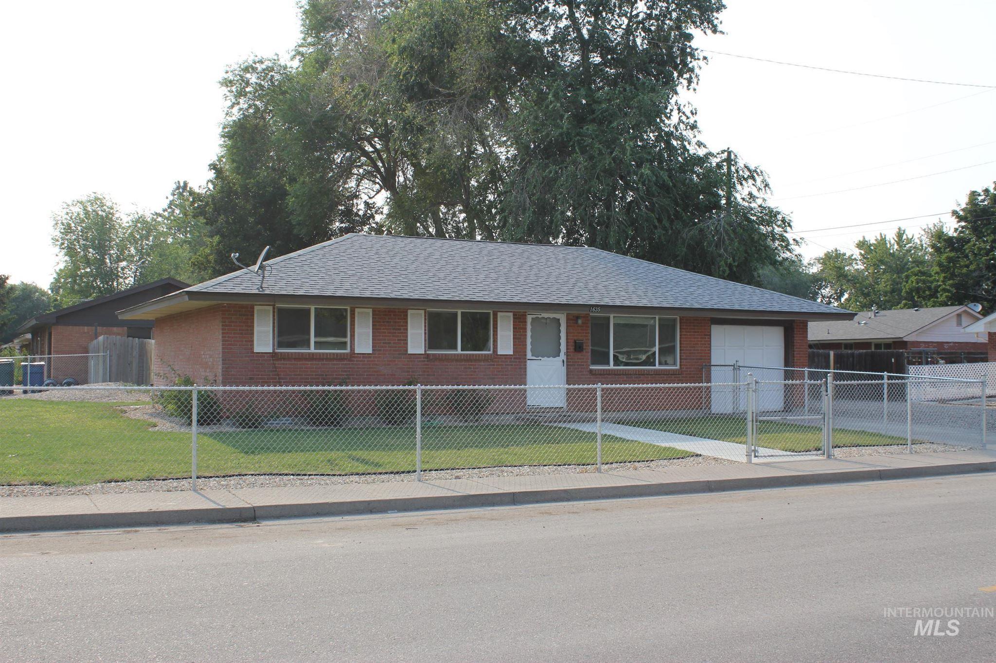1635 N 10 E Property Photo