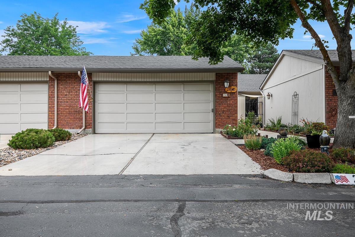 280 W Arrowrock Ln Property Photo