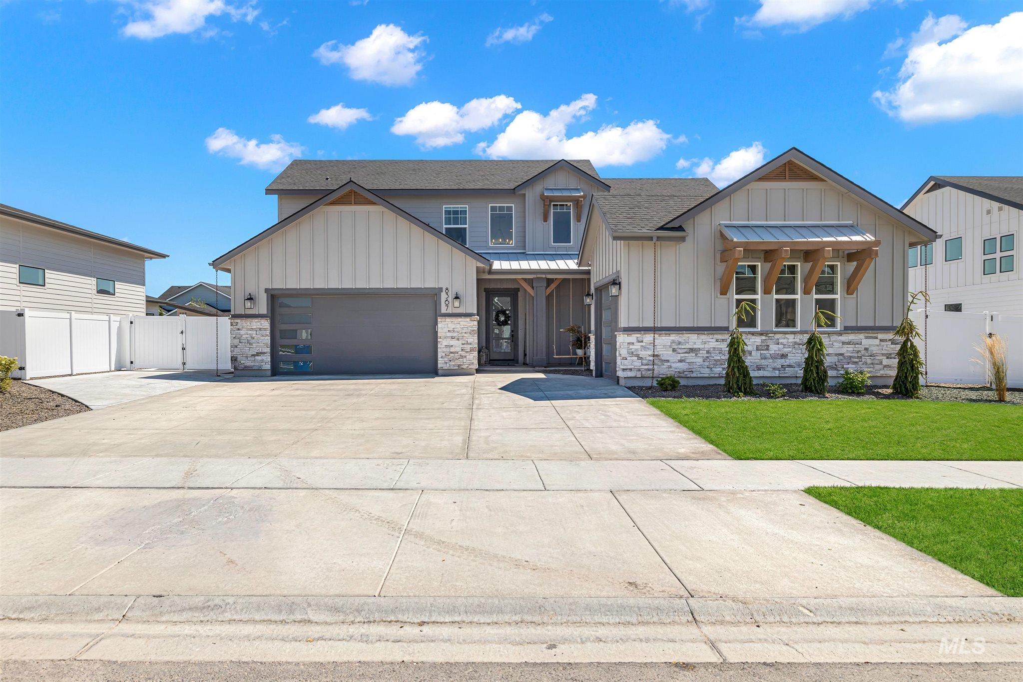 8367 W Sparks Lake Drive Property Photo
