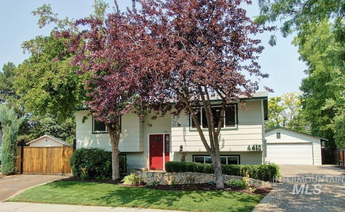 4410 W Meriwether Drive Property Photo