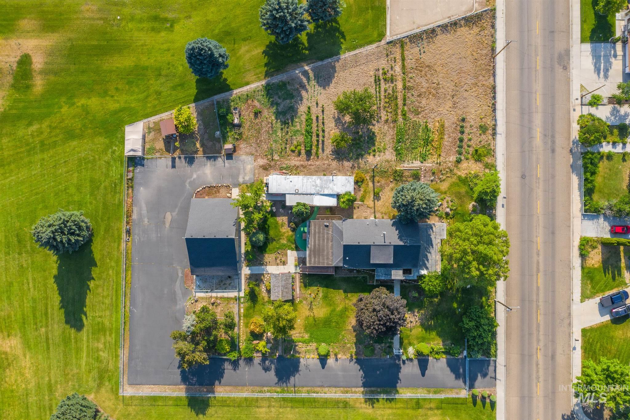 821 W Lone Star Property Photo