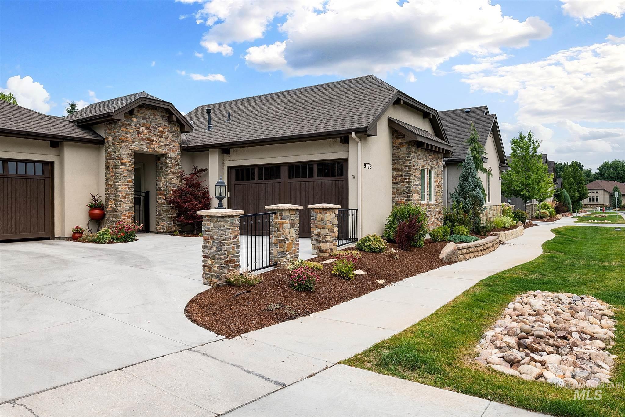 9778 W Tributary Lane Property Photo