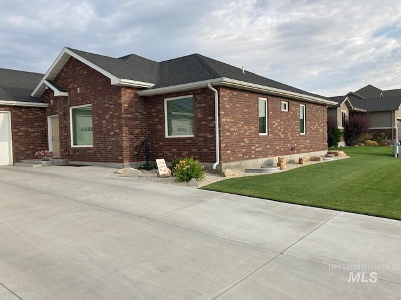 750 Blue River Drive Property Photo 50