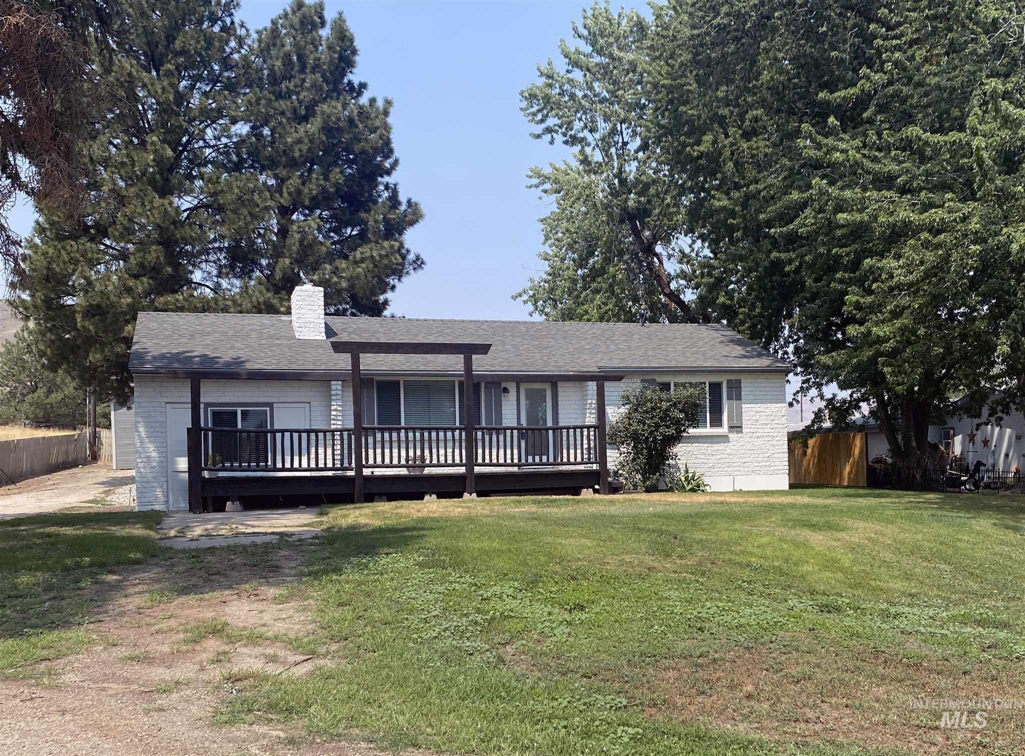 535 Hwy 52 Property Photo