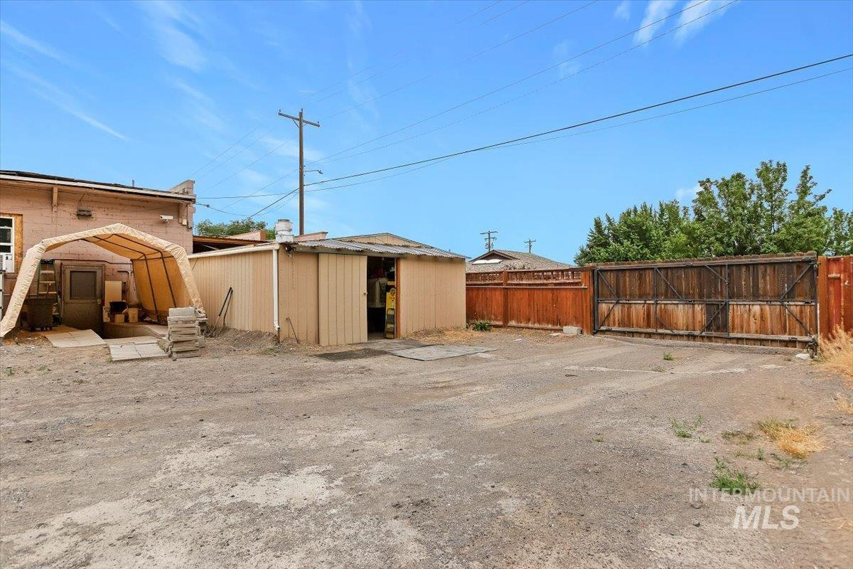 1034 Lincoln Ave N Property Photo 31