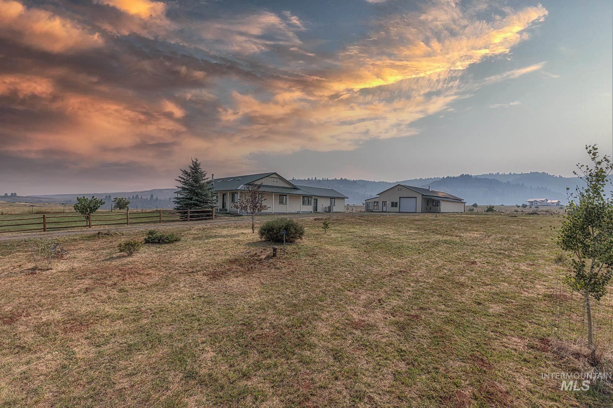 Hornet Ridge Es Real Estate Listings Main Image