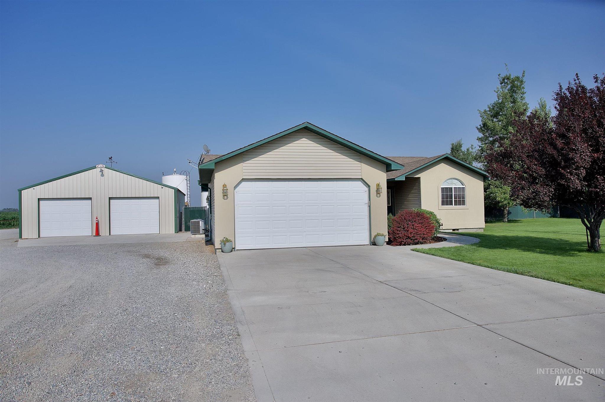 423 N 100 E Property Photo 4