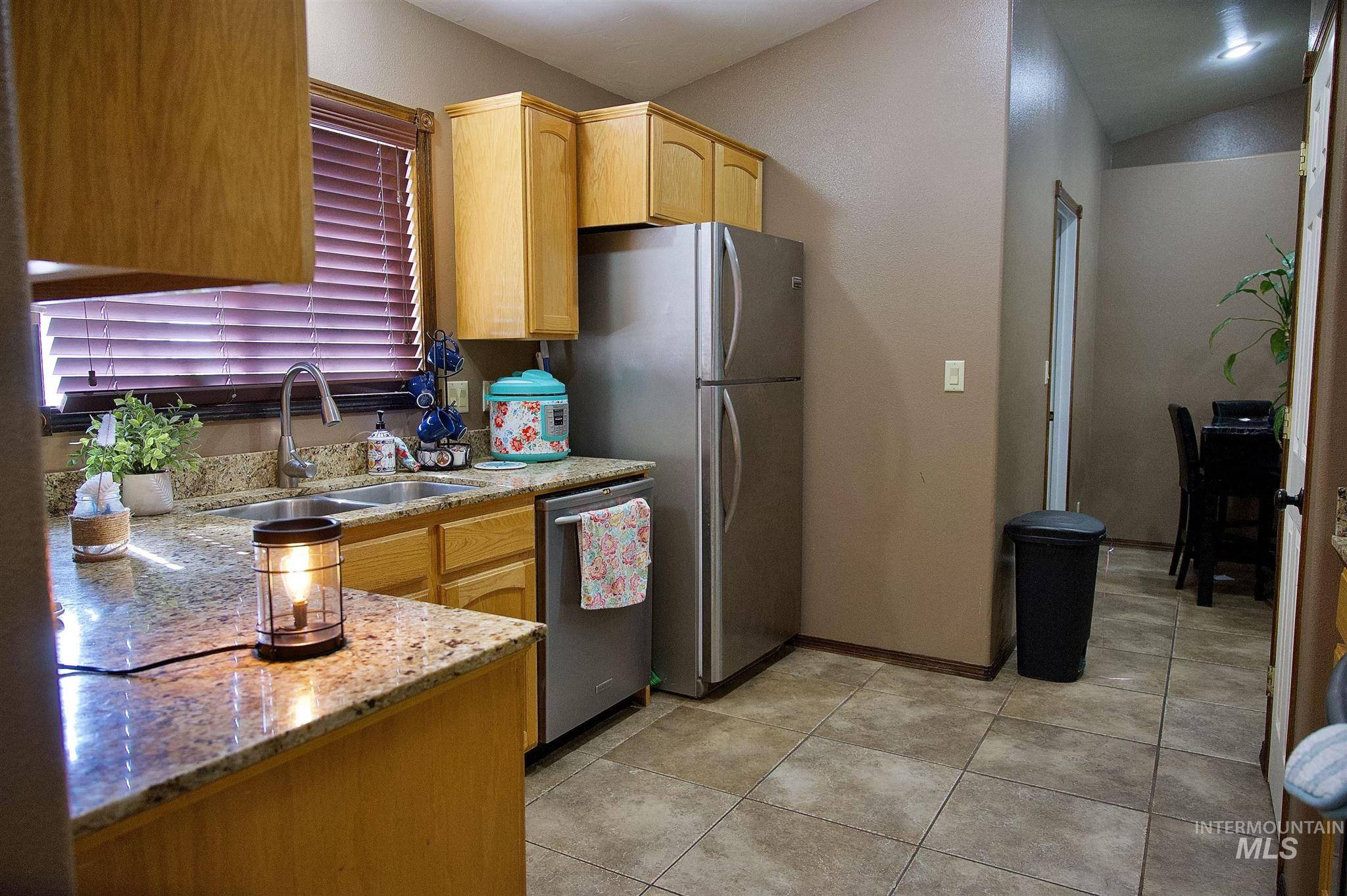 423 N 100 E Property Photo 18