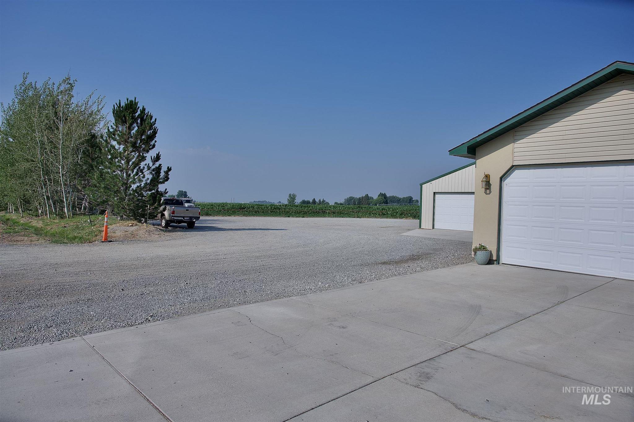 423 N 100 E Property Photo 35