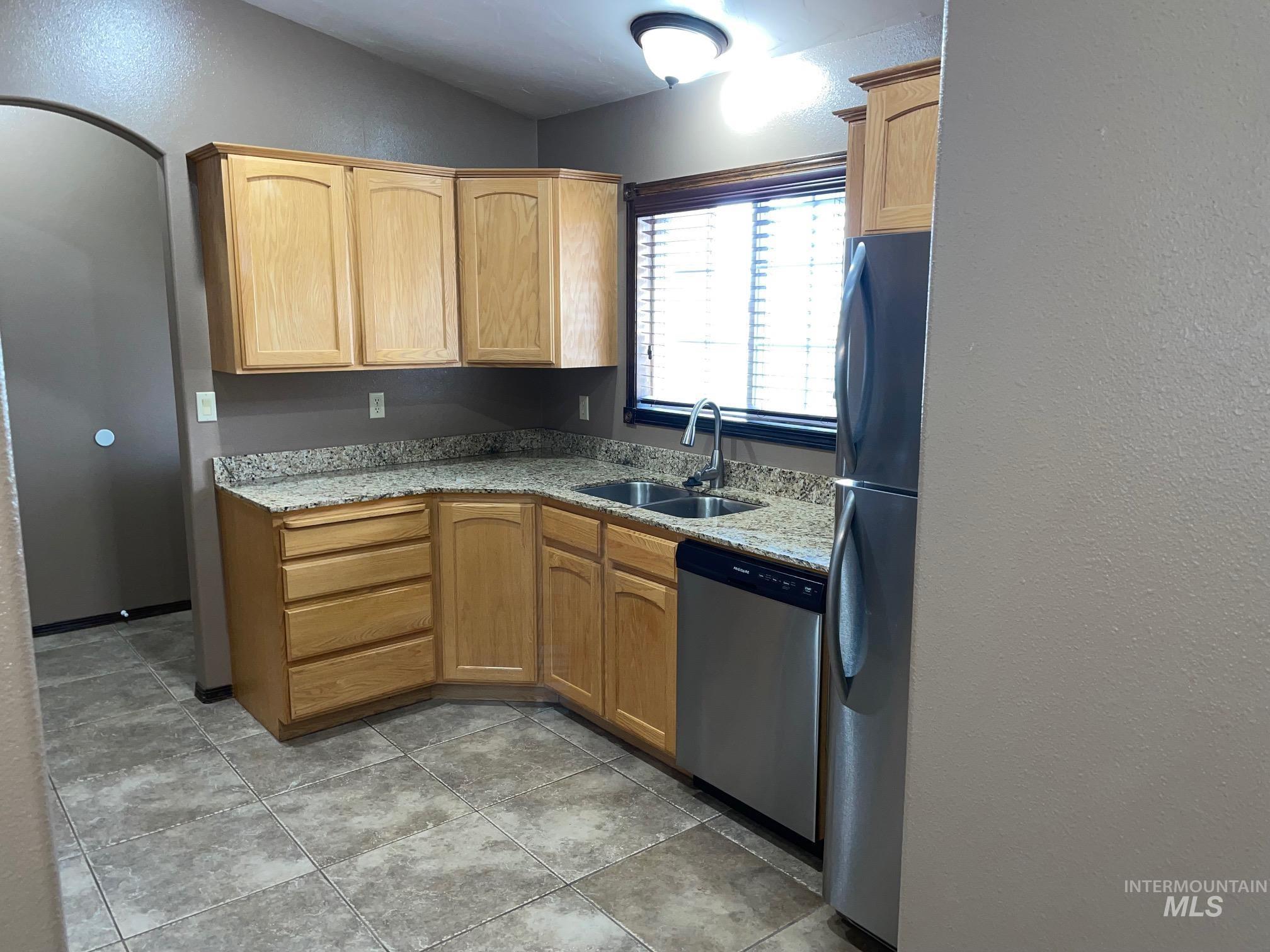 423 N 100 E Property Photo 36