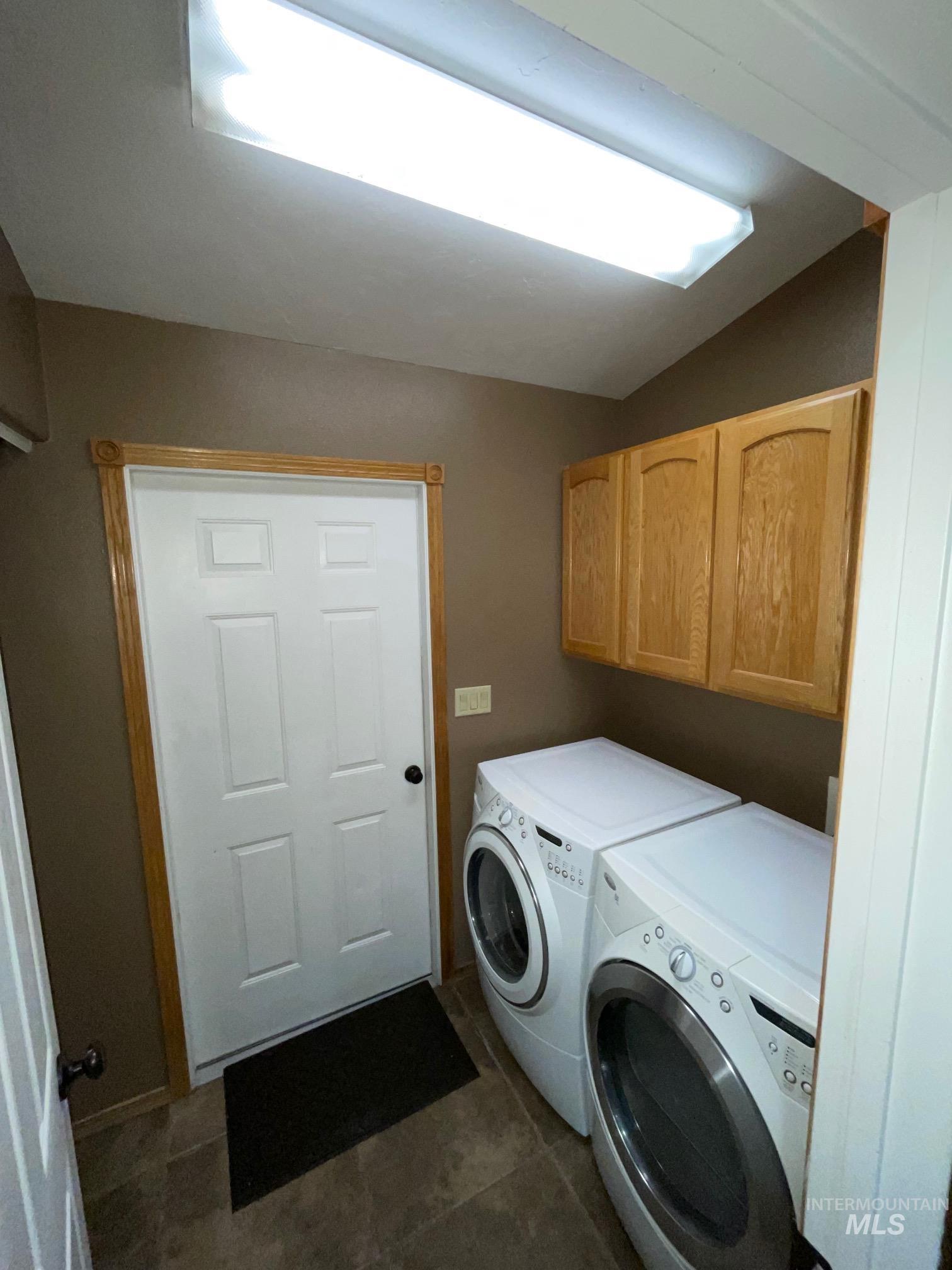 423 N 100 E Property Photo 40