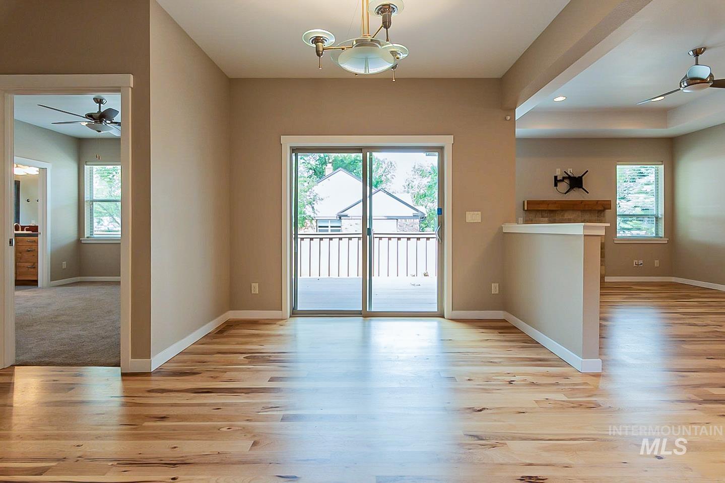 3729 W Catalpa Property Photo 14