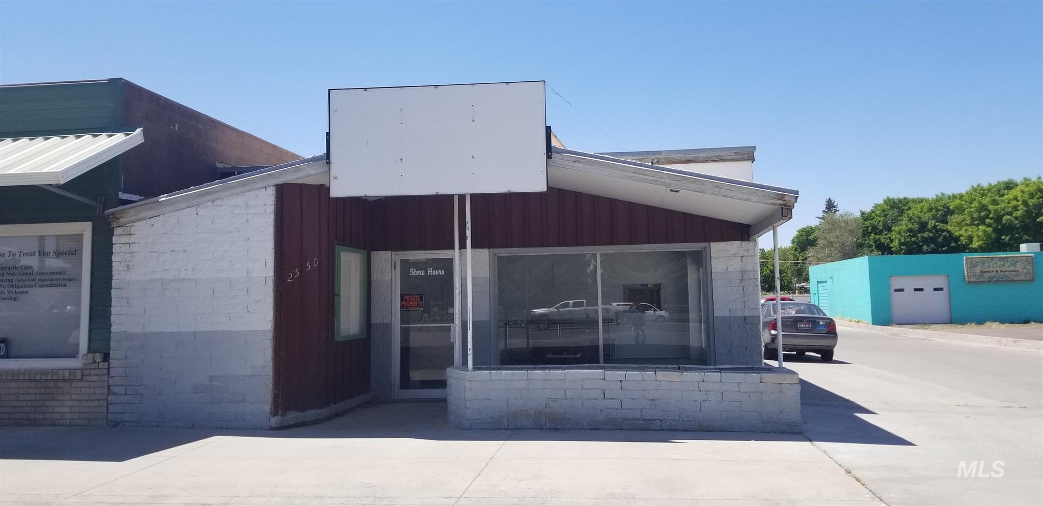2550 Overland Ave # 14 Property Photo