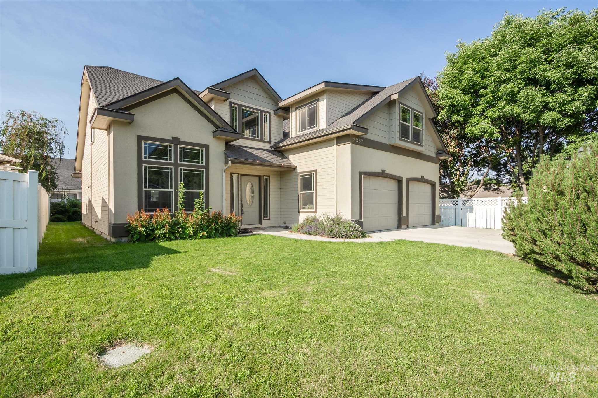 Brenda Estates Real Estate Listings Main Image