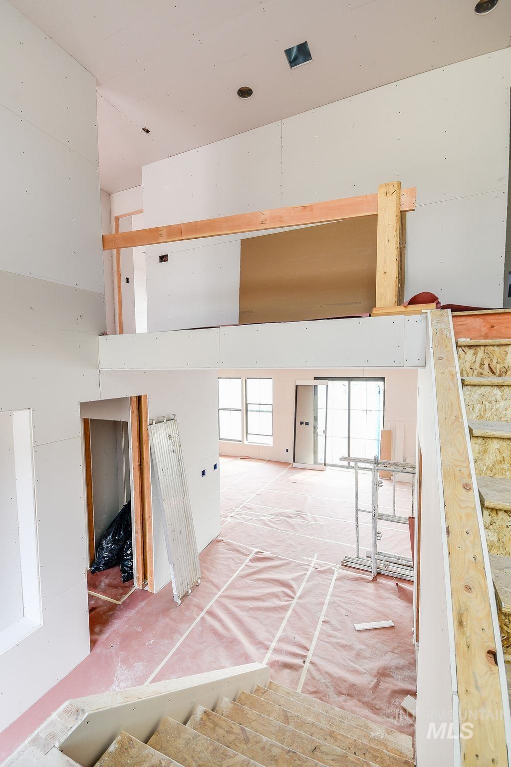 439 Southview Property Photo 12