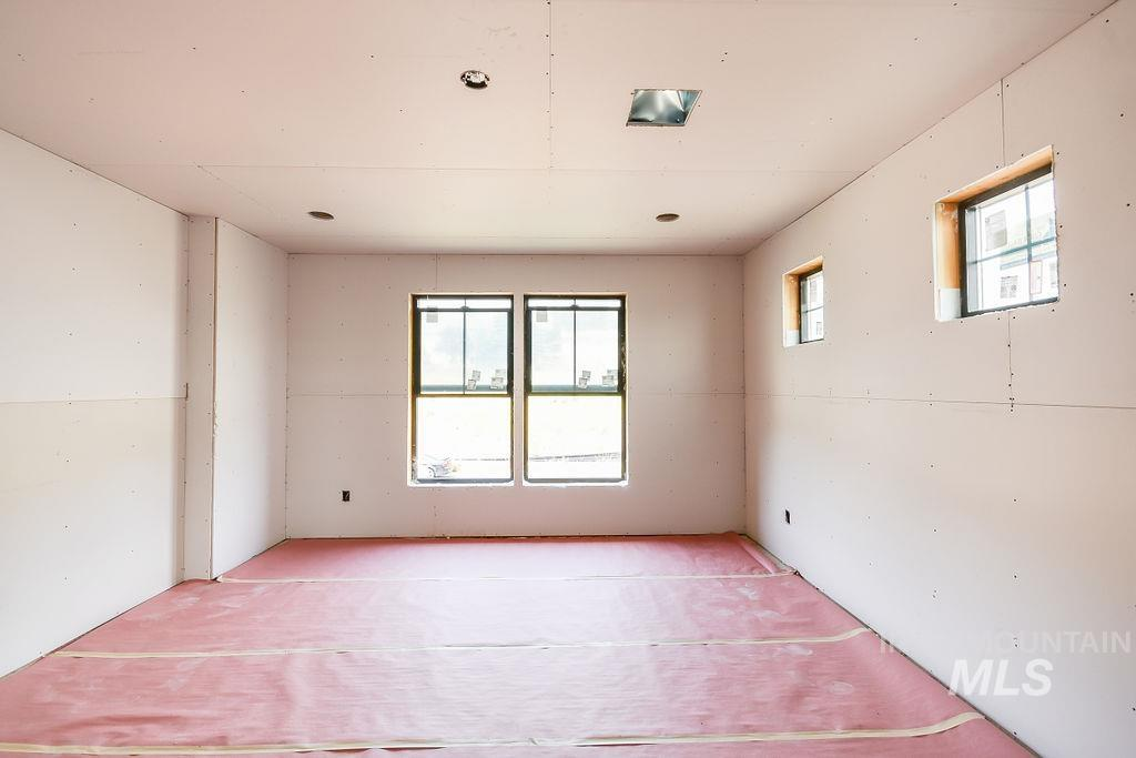 439 Southview Property Photo 21
