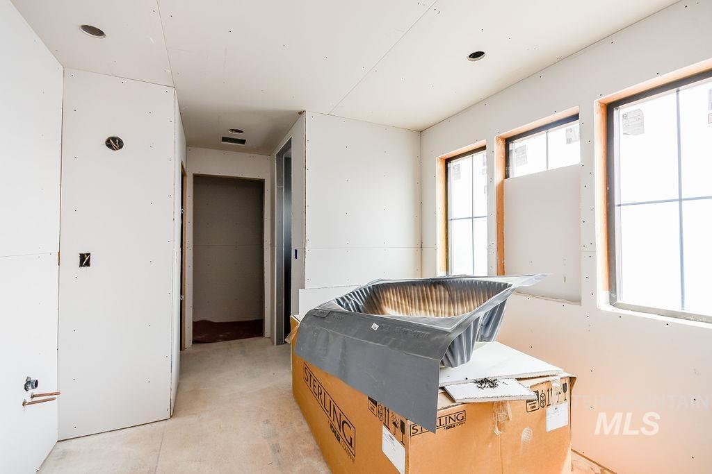 439 Southview Property Photo 30