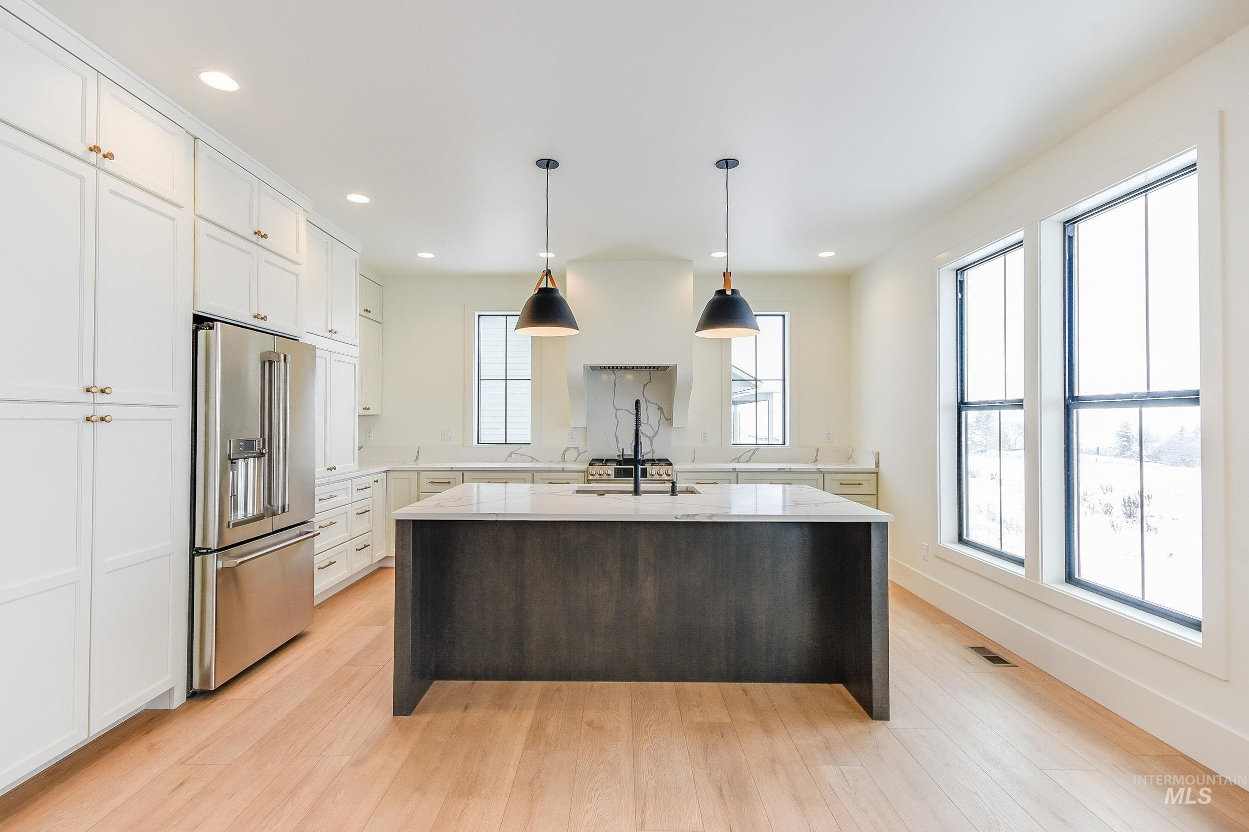 439 Southview Property Photo 35