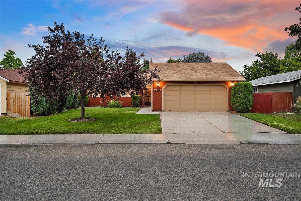 Gary Lane Meado Real Estate Listings Main Image