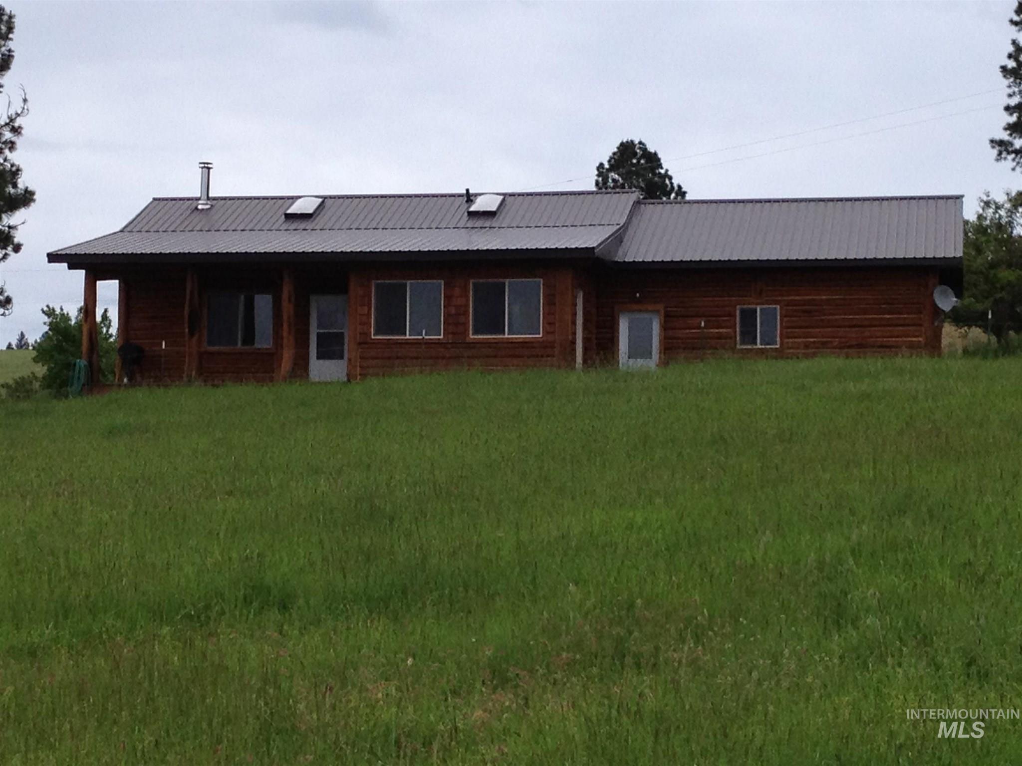 296 Sears Creek Road Property Photo
