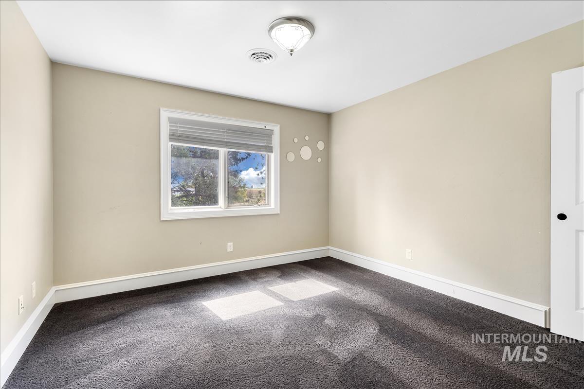 108 S 160 W Property Photo 19