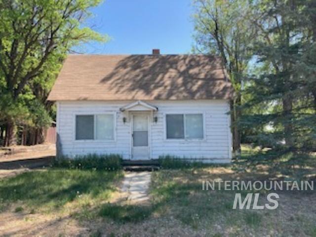 210 Hagerman Ave E Property Photo