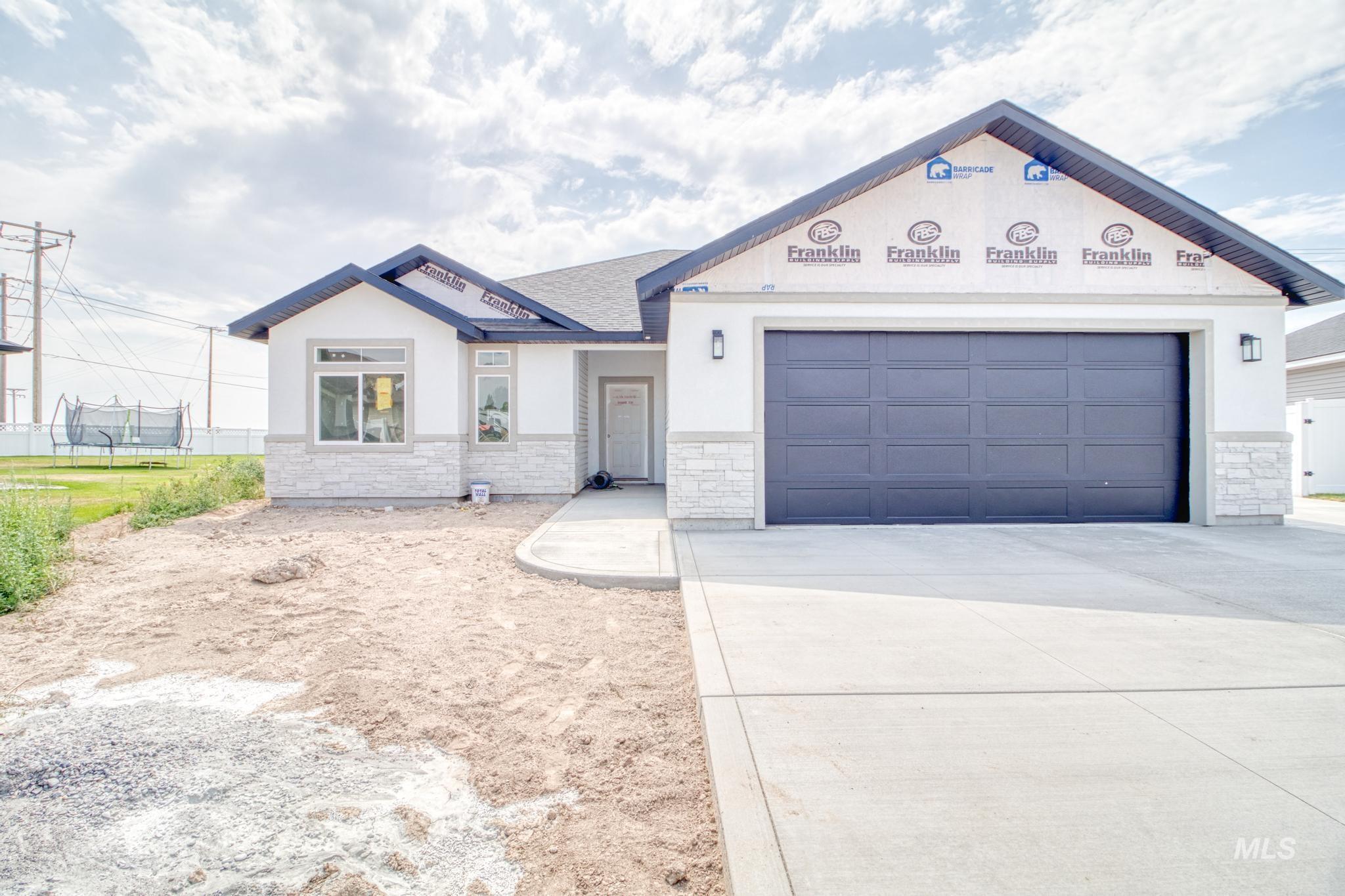 190 Cayuse Creek Dr Property Photo
