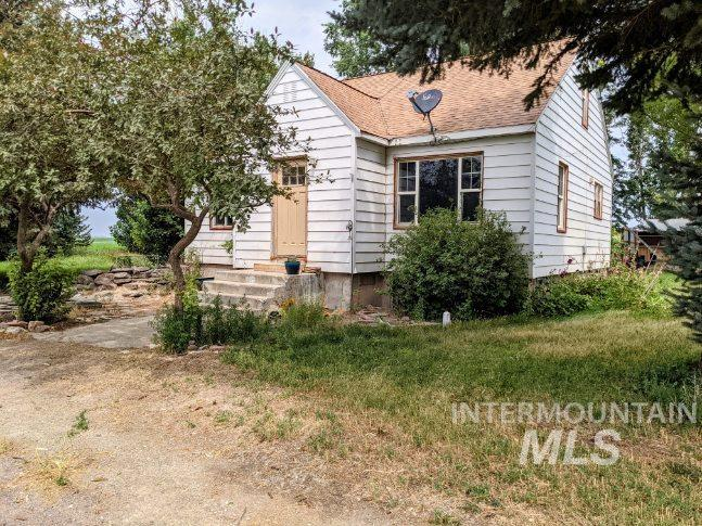 476 E 1600 N Property Photo