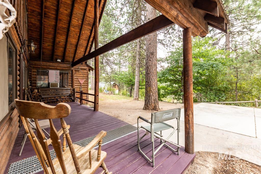 22 Deer Trail Property Photo
