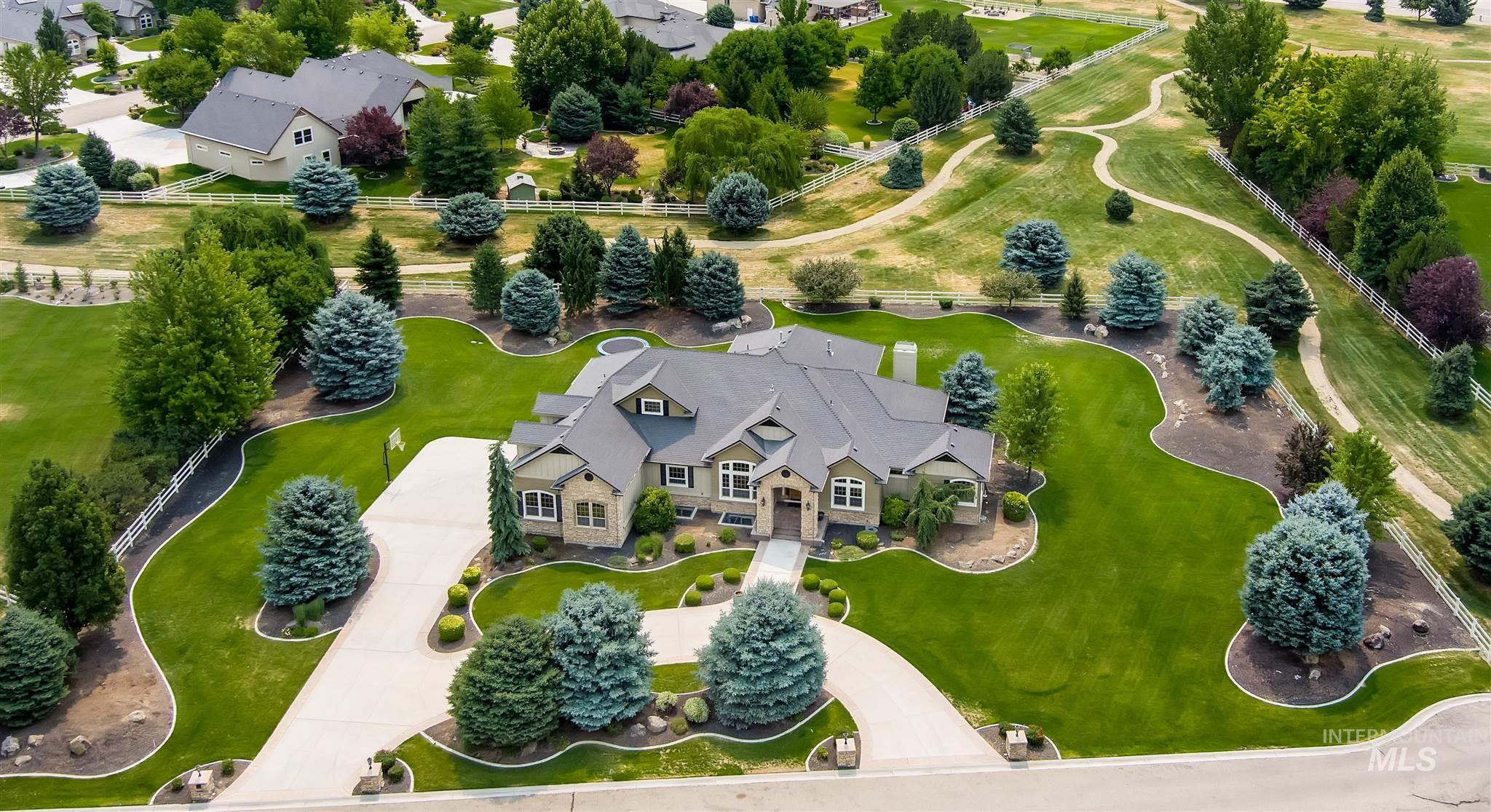 4491 W Saddle Ridge Dr Property Photo 2