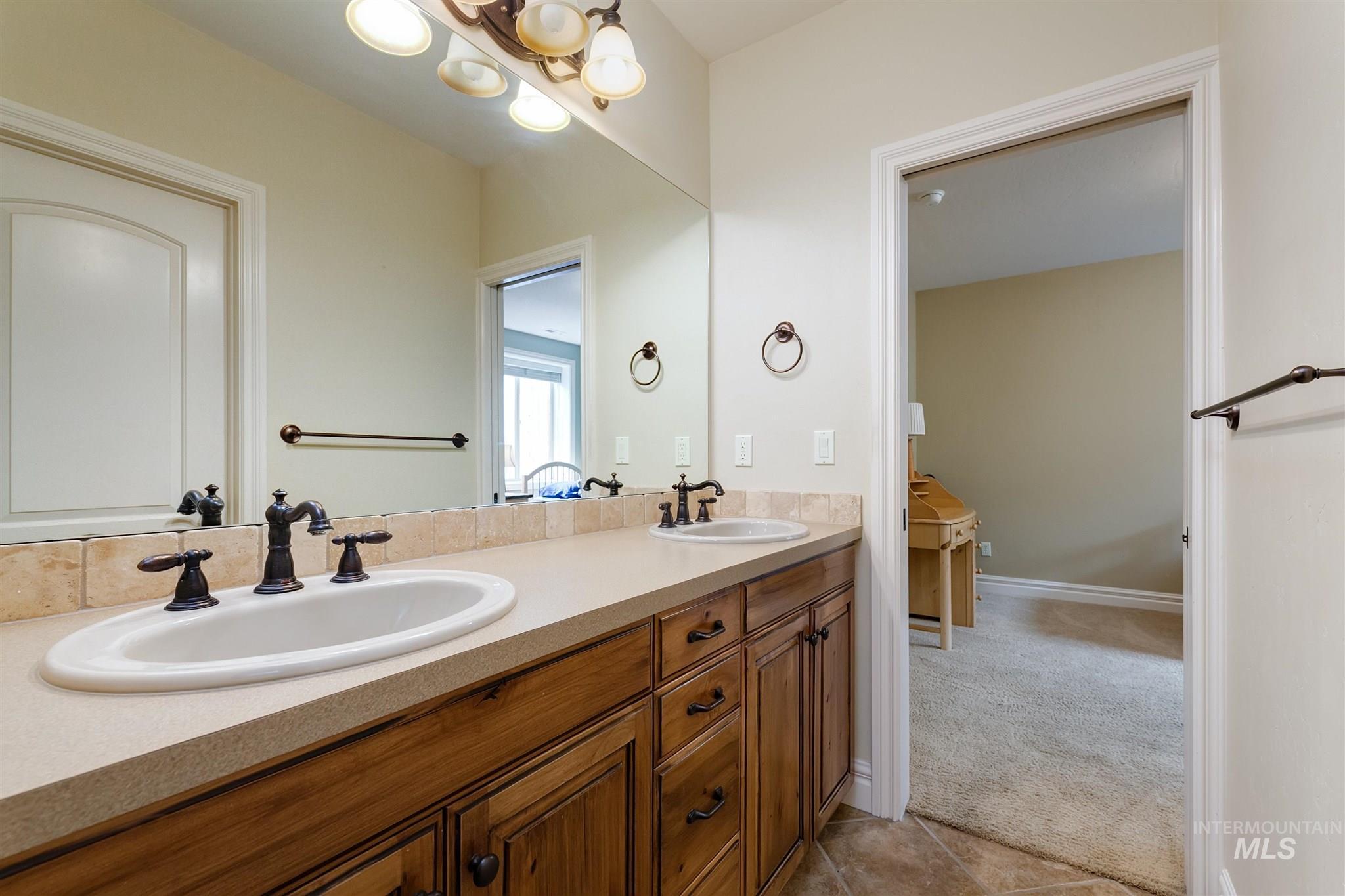 4491 W Saddle Ridge Dr Property Photo 33