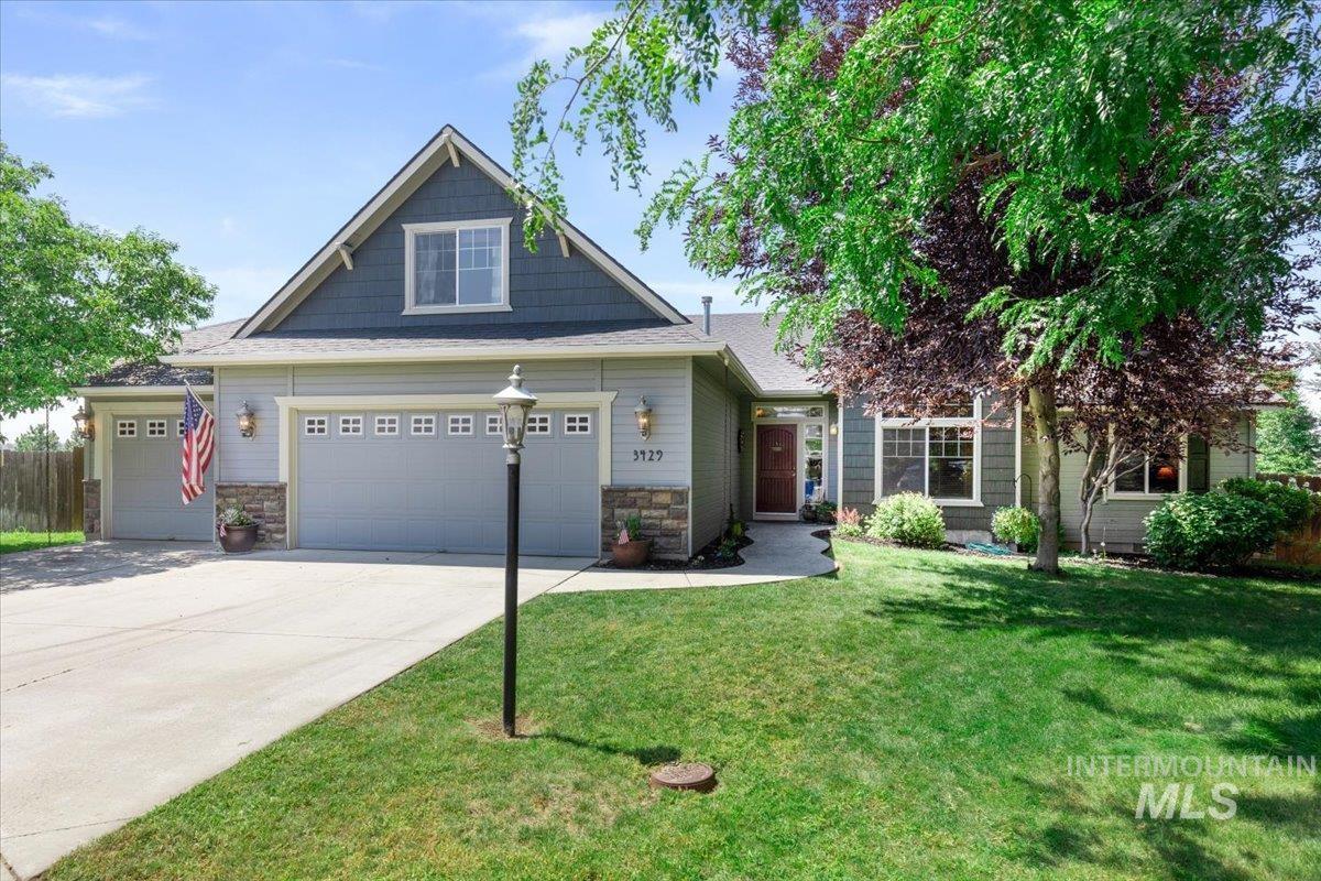 Creekwood Sub Real Estate Listings Main Image