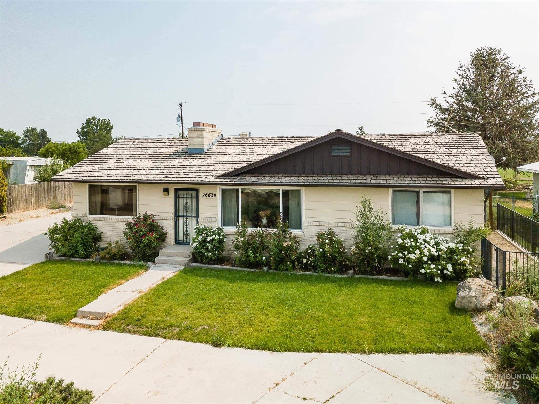 26634 Homedale Road Property Photo