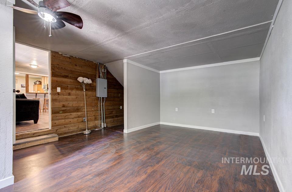 143 Se Blvd Property Photo 24