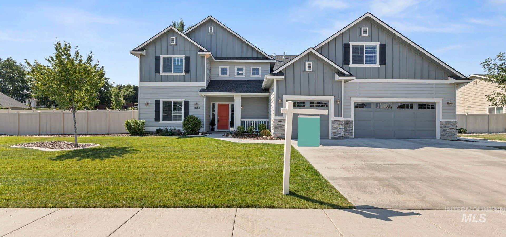 11861 W Hiawatha Dr. Property Photo