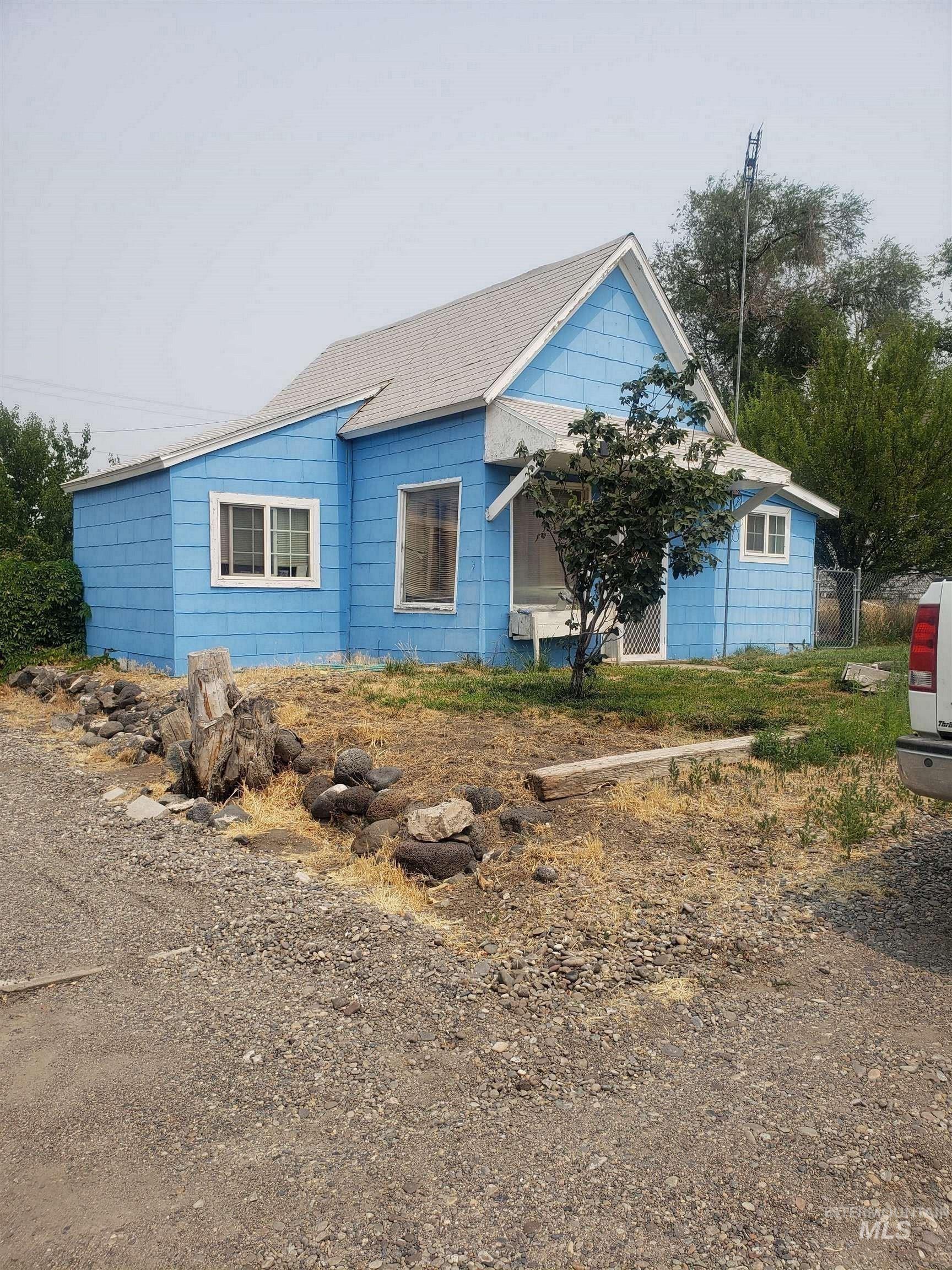 230 W Idaho Ave Property Photo