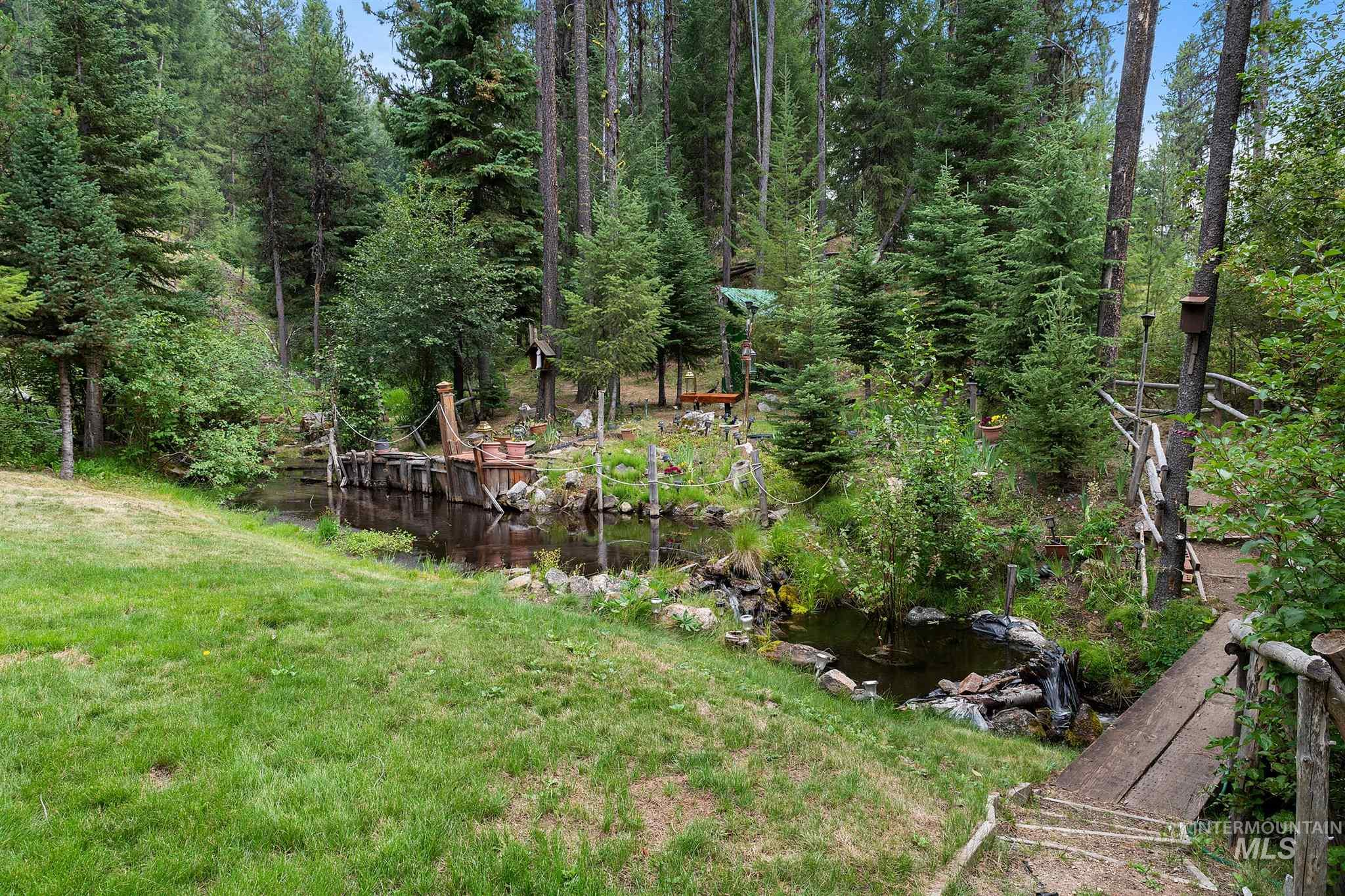 1710 Johnson Creek Road Property Photo 5