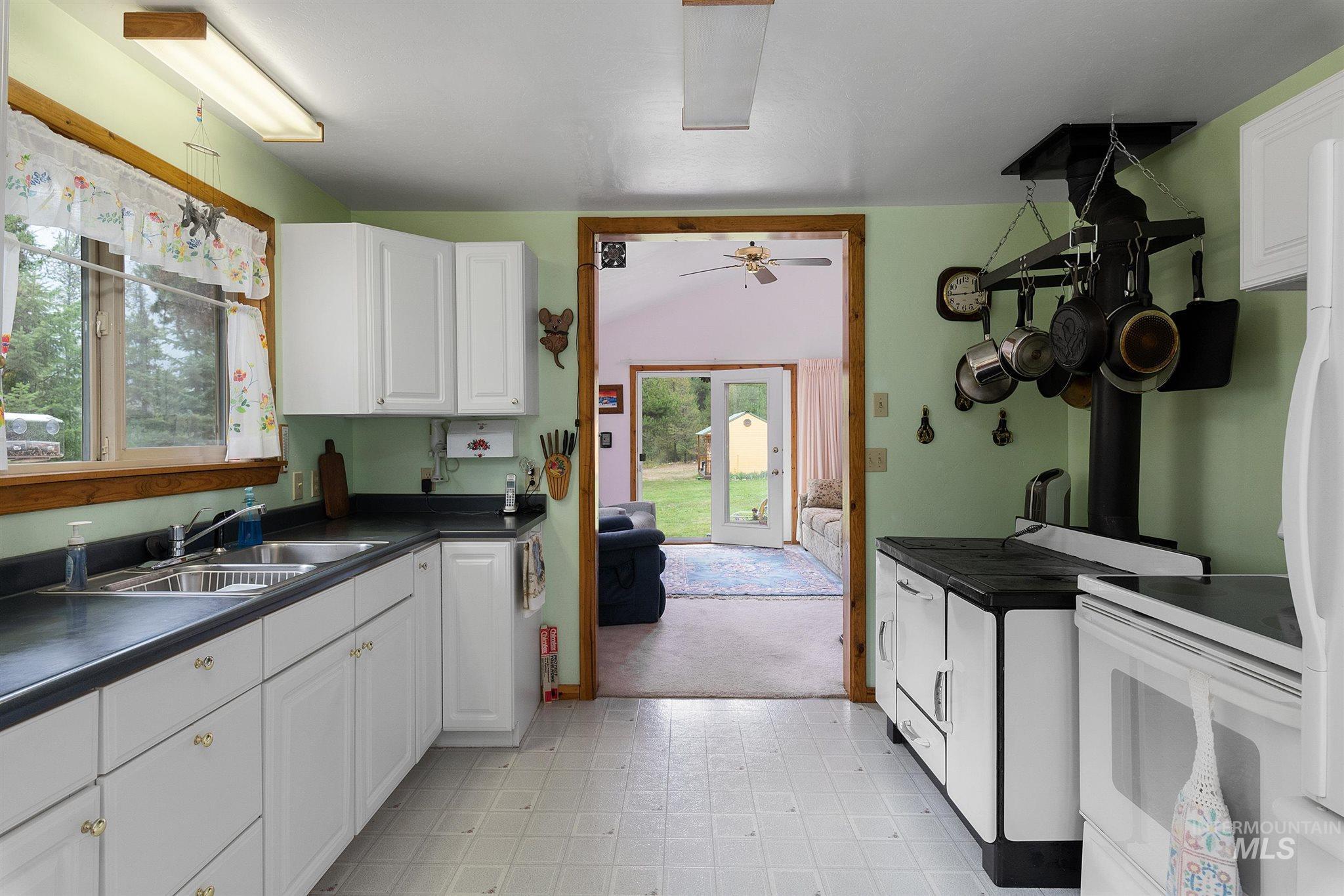 1710 Johnson Creek Road Property Photo 18