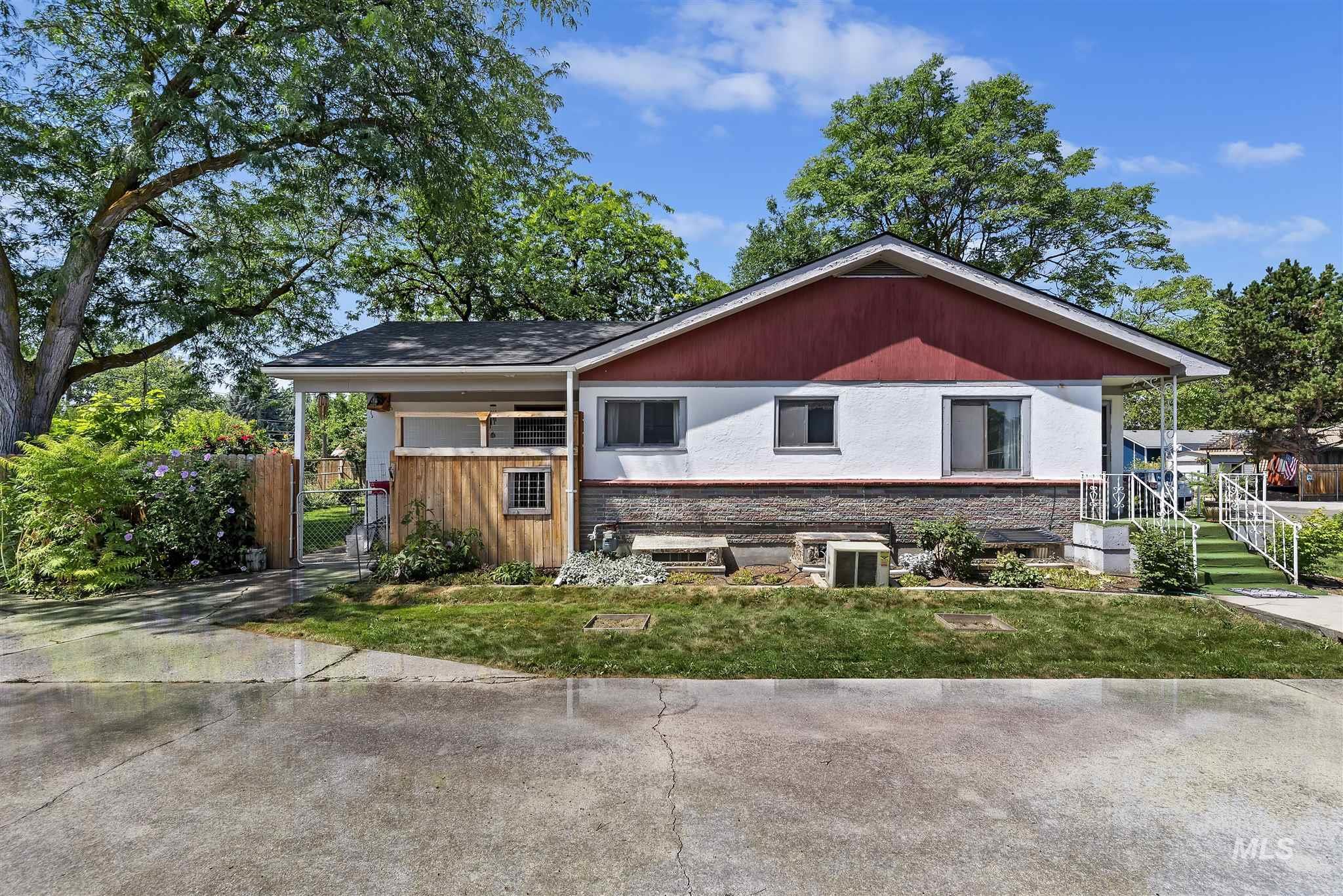 6511 W York Street Property Photo