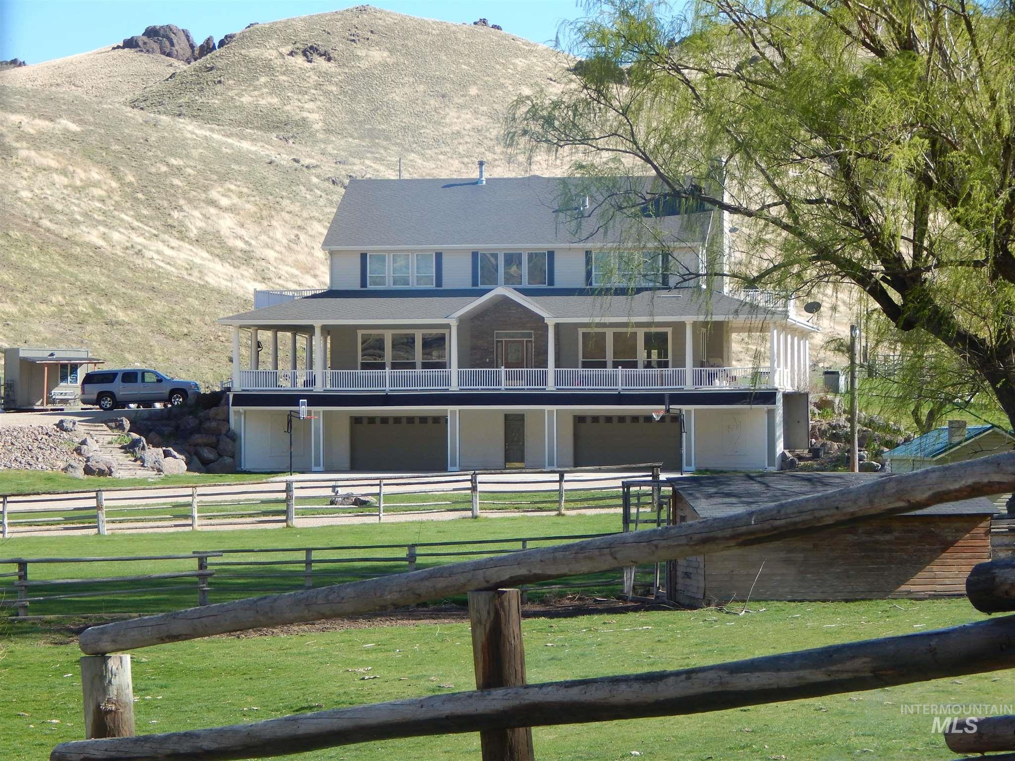 12378 Highway 95 Property Photo