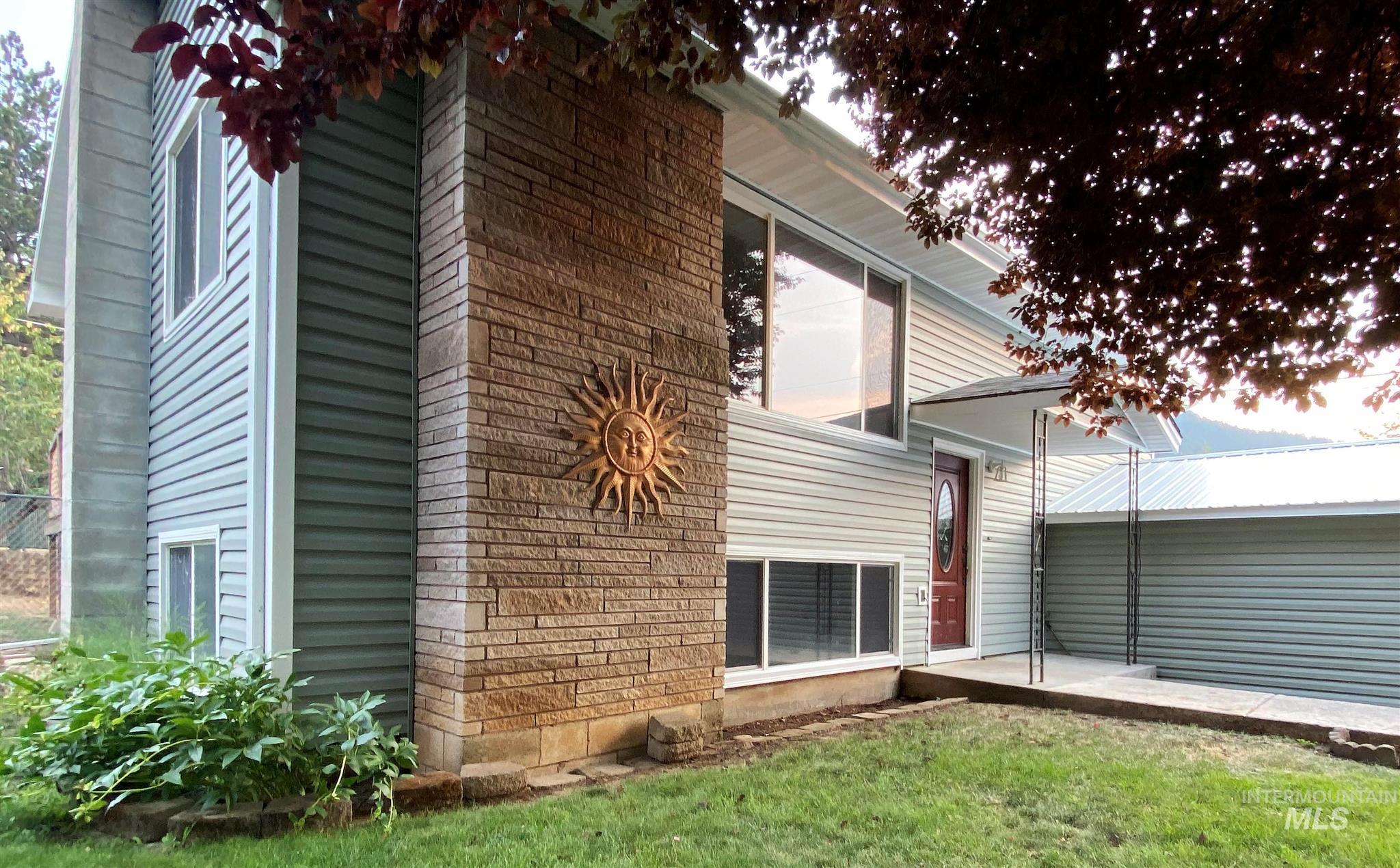 12878 Vista Ave. Property Photo