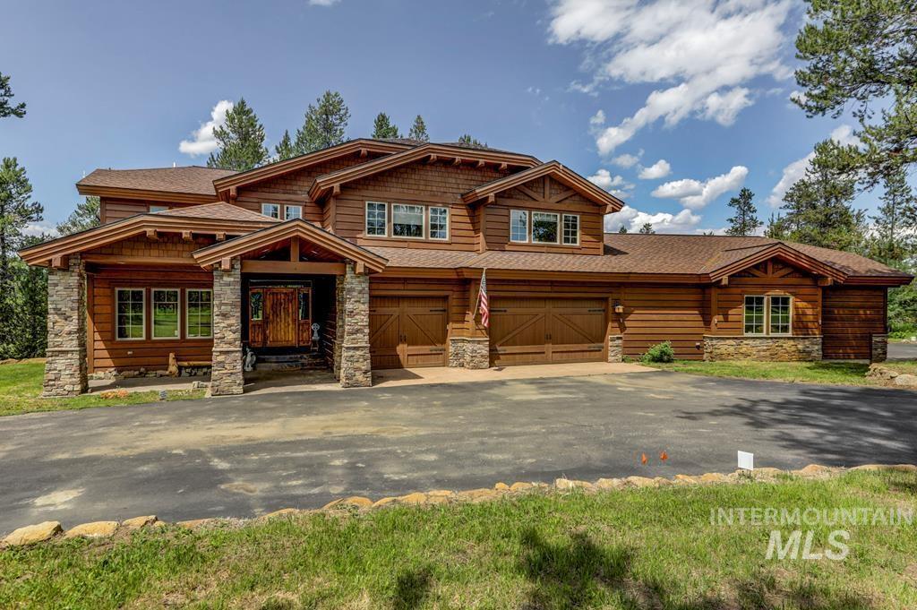 301 Eagle Lane Property Photo