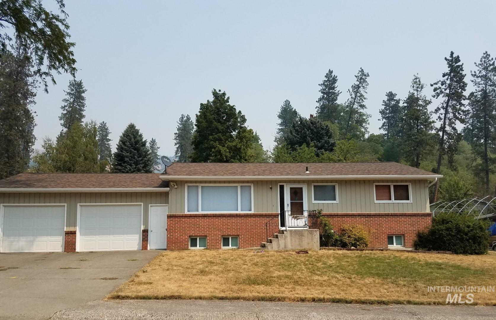 997 Miles Ave Property Photo