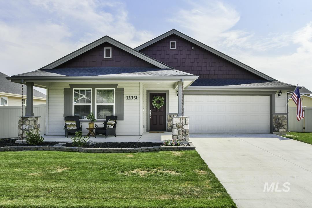 12331 W Hollowtree Street Property Photo