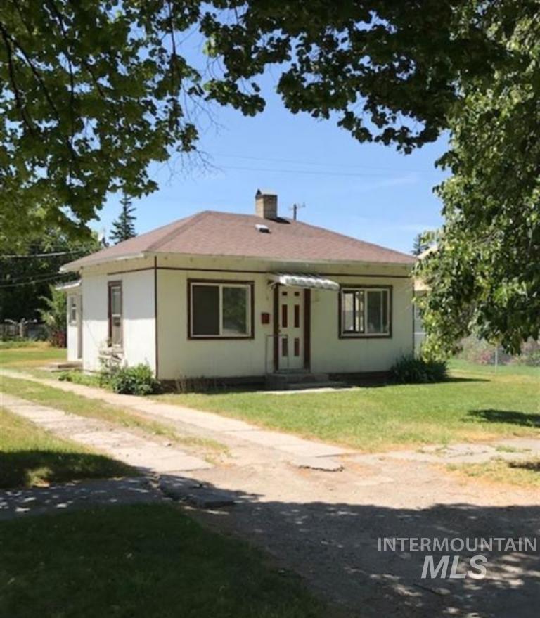 1250 Elba Ave Property Photo 1
