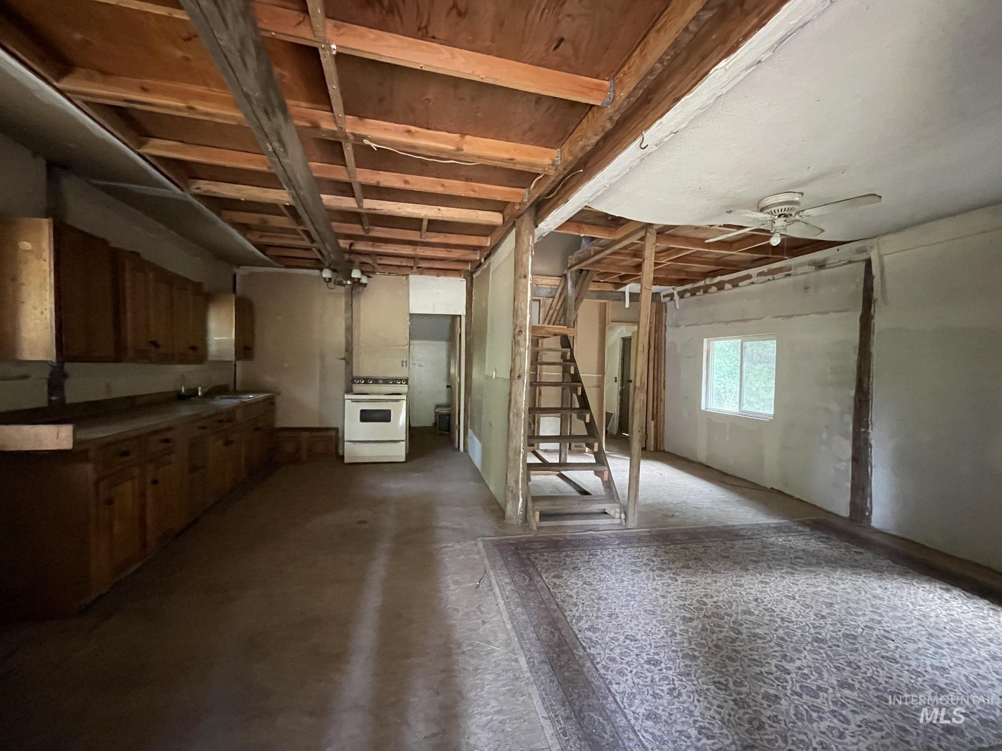36 Willis Brassy Property Photo 37