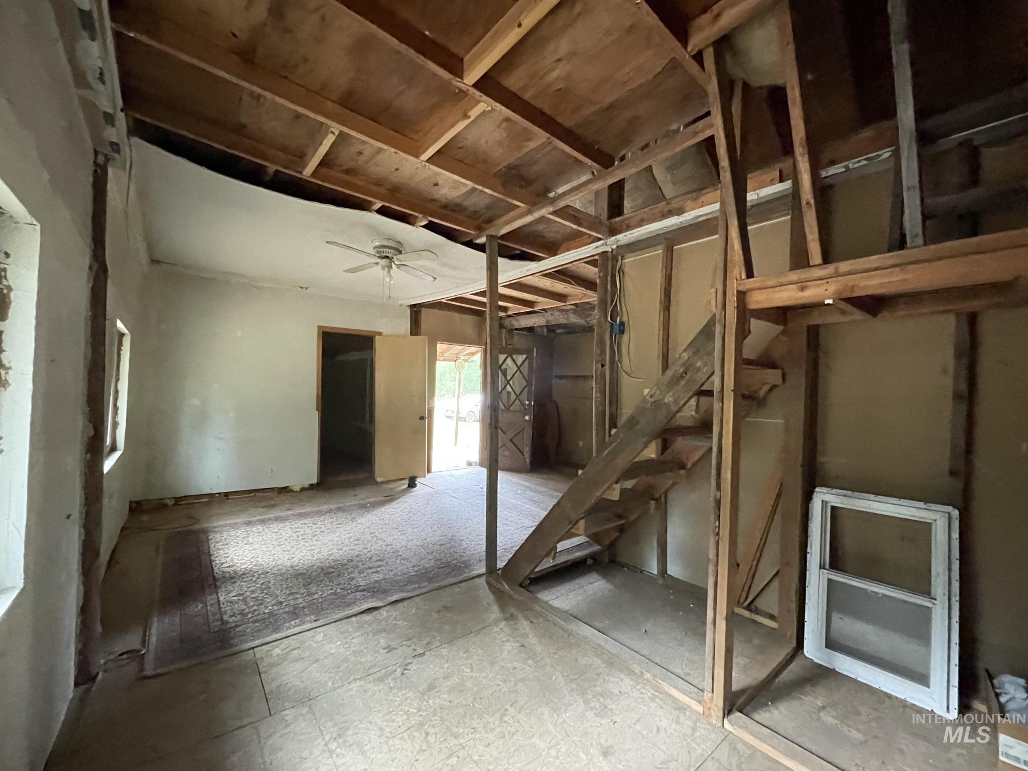 36 Willis Brassy Property Photo 40