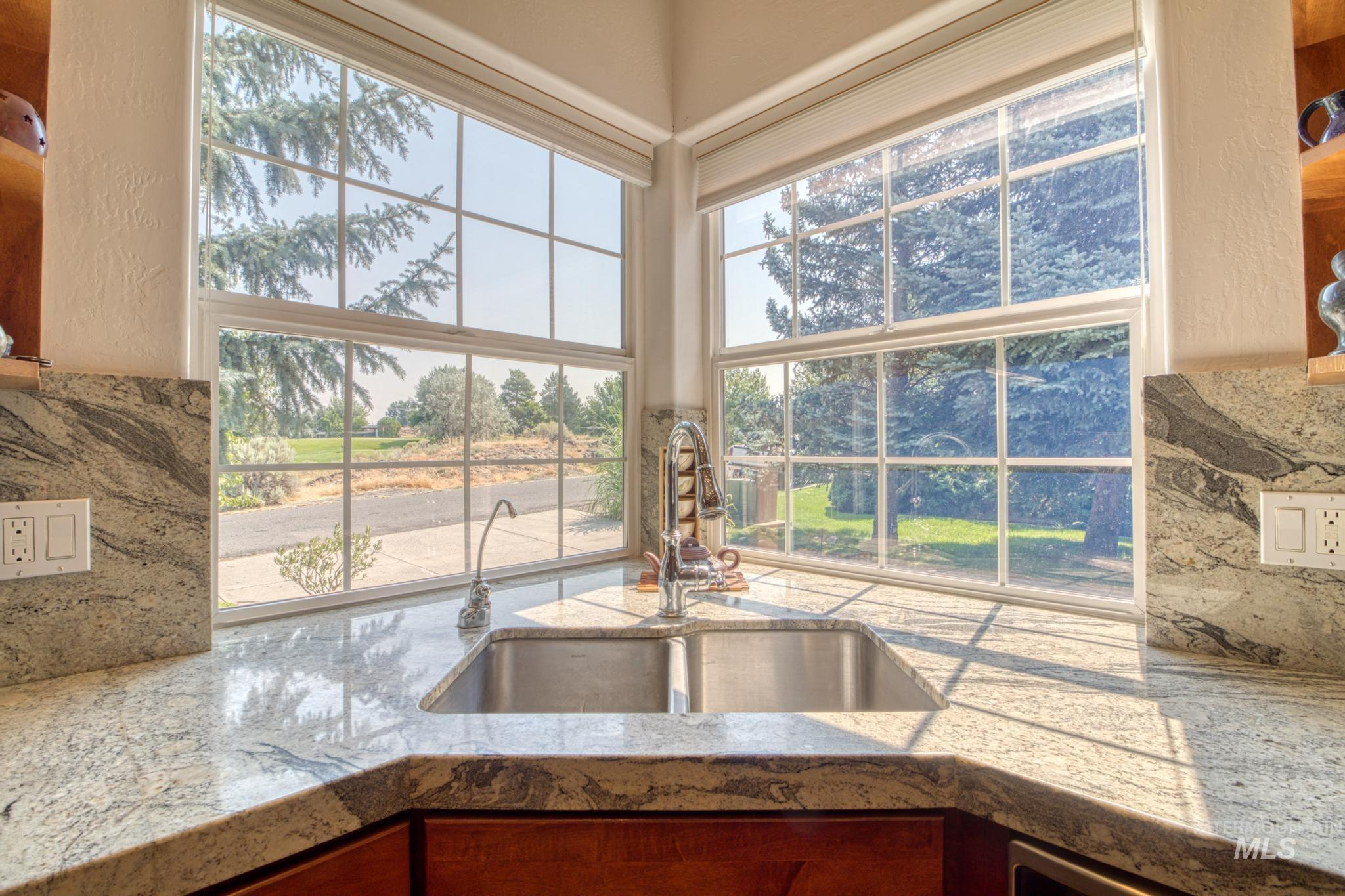 102 Winged Foot Road Property Photo 15