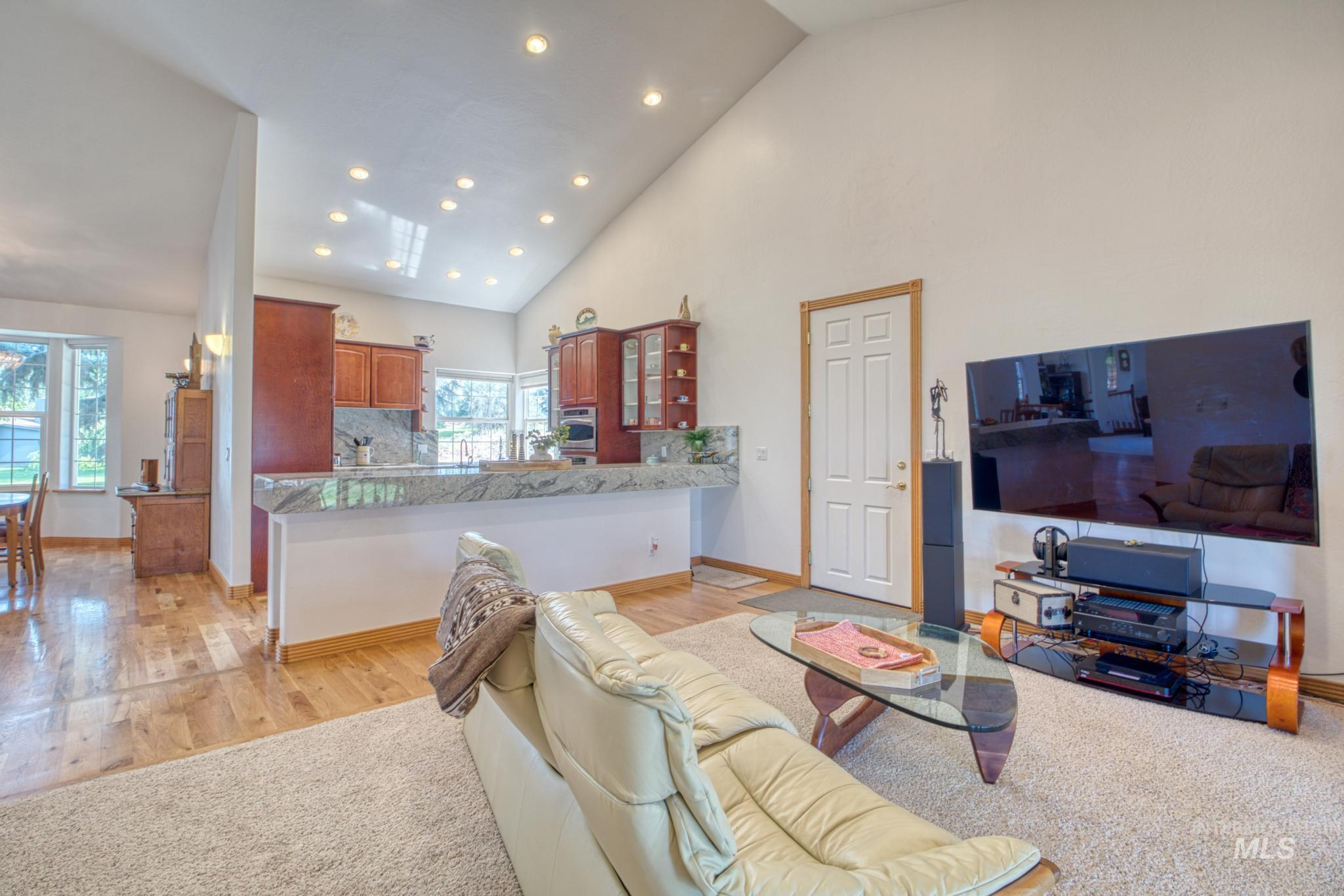 102 Winged Foot Road Property Photo 18